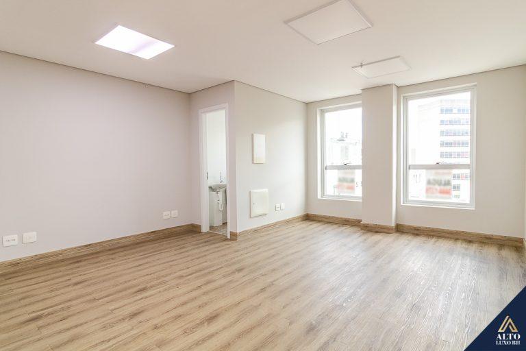 Sala com 39m² no Funcionários