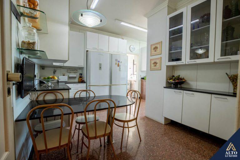 Cobertura 4 Suites, Home Office no Funcionários